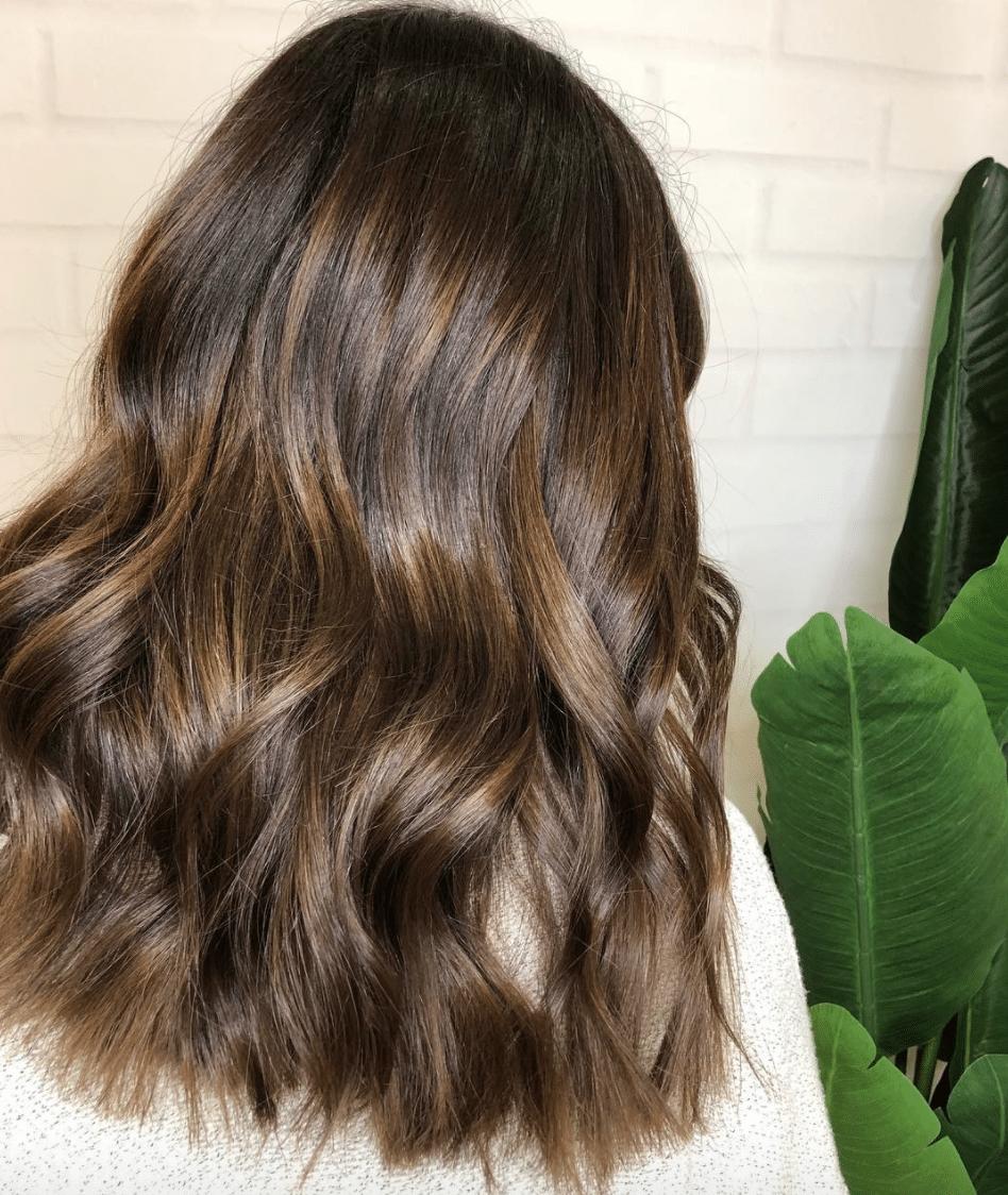 hair gloss, shiny hair